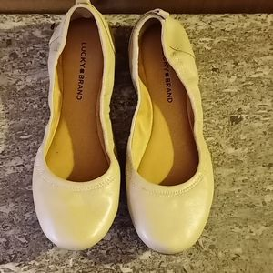 Lucky Brand flat shoes